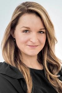 Amelie Rheaume CPA CA Auditrice 200x300 - Amélie Rhéaume